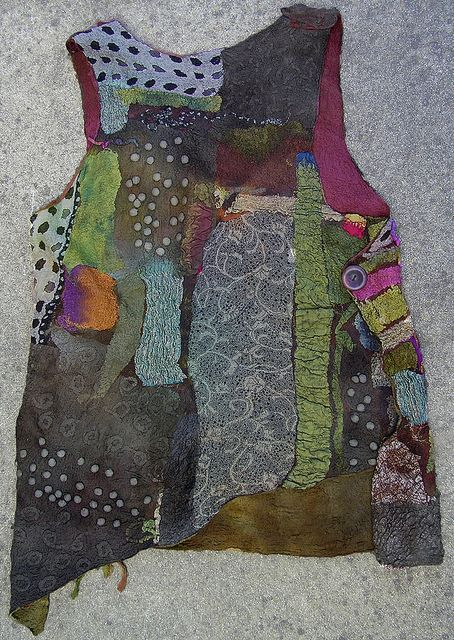 Make this with all those wool scraps after makeing all those mittens! felt vest back | Flickr - Photo Sharing!
