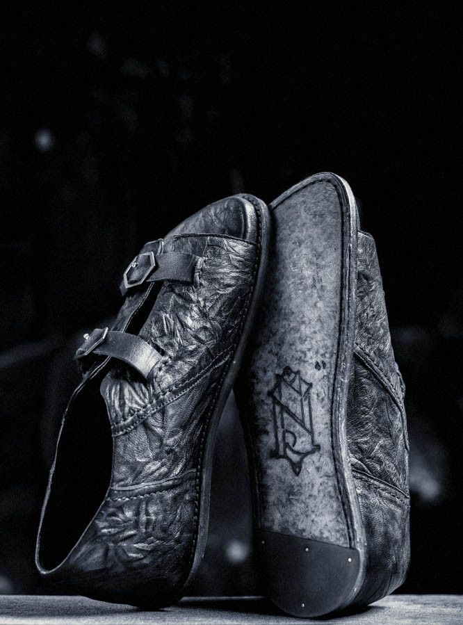 Minoar Crust of the Moon MW SS16 stone washed leather shoes