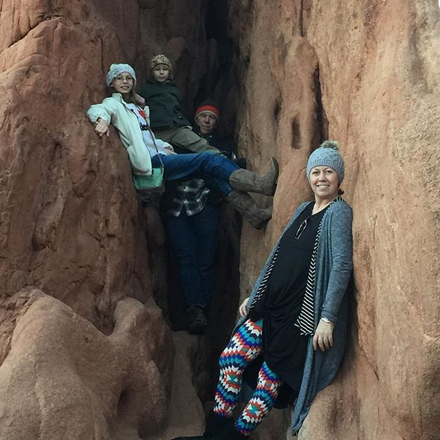 Layering at The Garden of the Gods in Colorado with family! Carly, leggings, Lindsay, Sarah, beenie, and Fuzzy boots for the win!!! Toasty warm on this cold and windy winter day! Happy New Year!  #lularoe #lularoecarly #lularoeleggings #lularoelindsay #lularoesarah #lularoecolorado #lularoecoloradosprings #thethirdroe #lularoemindywarman #shoplularoemindee