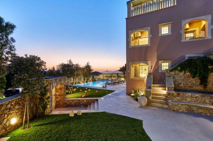 Majestic 3 floor villa with amazing sea and mountain views, Xirosterni | Cretico