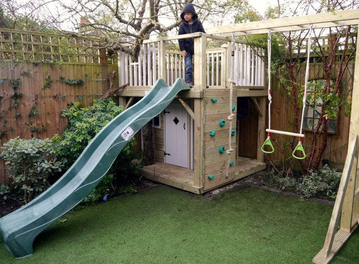 The playways Forest raised playhouse is an impressive and multi featured combination of playhouse for imaginative play and climbing frame for active adventures.