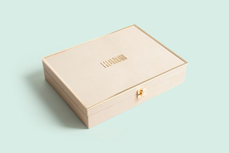 After building the brand from the ground up, we created a beautiful custom box and book to explain the Honor story.