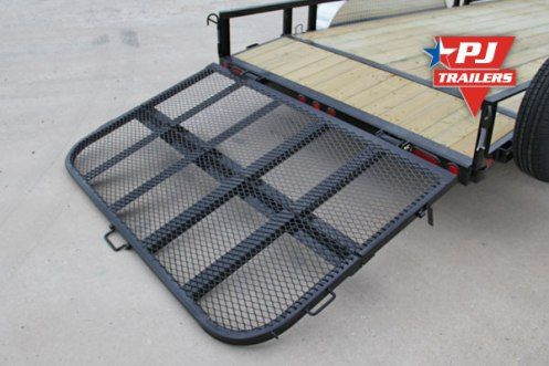 One of the hottest utility trailer options is our bi-fold gate. This gate is hinged in the center, allowing the gate to befolded in half. This greatly reduces the wing drag of the gate, which in…