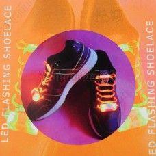 Väriä vaihtavat LED-kengännauhat