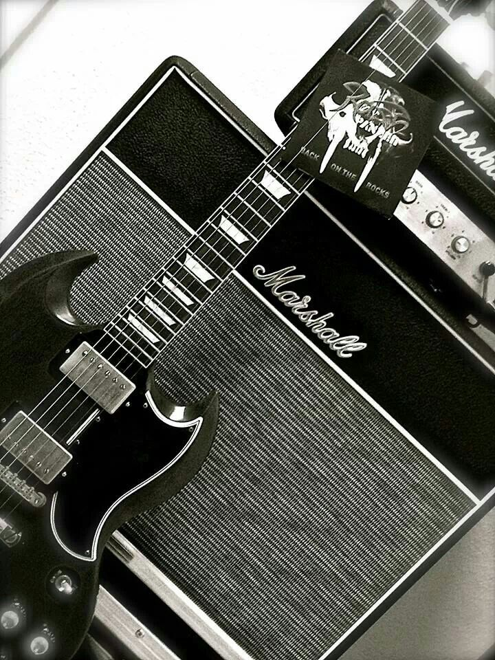 Gibson SG and Marshall amps