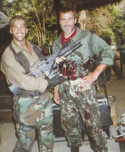 Arnold Schwarzenegger & Sven-Ole Thorsen behind the scenes on #Predator (1987).