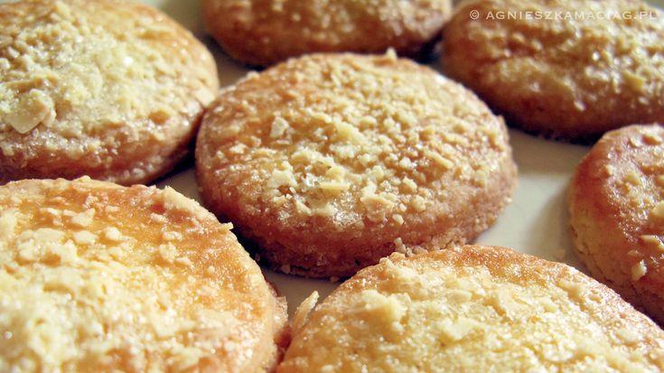 Masło orzechowe – pomysł na pyszne ciastka! http://agnieszkamaciag.pl/maslo-orzechowe-pomysl-na-pyszne-ciastka/