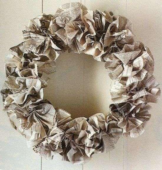 Oltre 25 fantastiche idee su fiori di carta giganti su for Fiori di carta di giornale