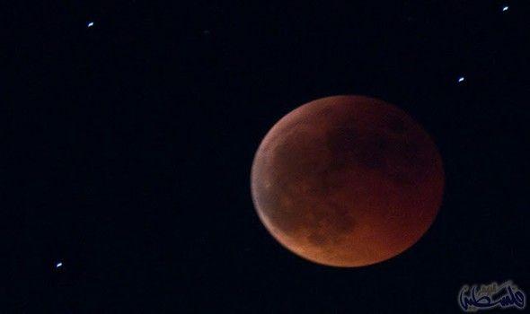 العالم يرصد Celestial Celestial Bodies Moon