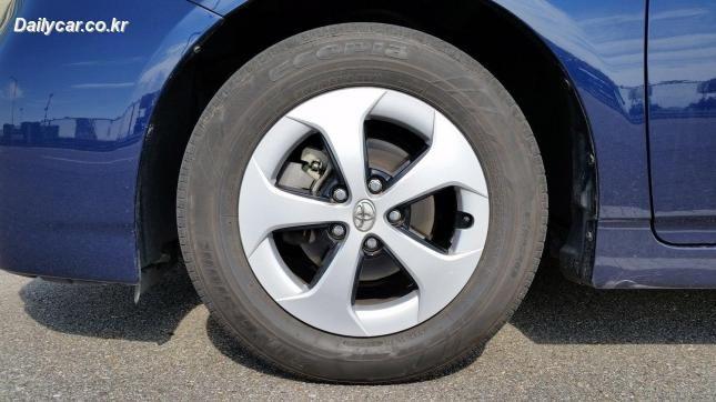 데일리카~ [자동차 상식] 타이어 사이즈 확인하기..내 차 타이어 사이즈는?