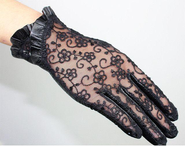 2017 Summer Touch-Screen Women Genuine Leather Gloves Ladies Elegant Lace Sun Gloves Female Black Driving Gloves Anti-UV S M L