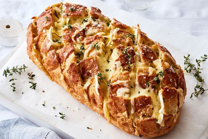 Brie and Caramelised Onion Pull-Apart Bread ~ www.taste.com.au
