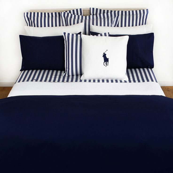 Discover the Ralph Lauren Home Polo Player Navy Duvet Cover - Super King at Amara