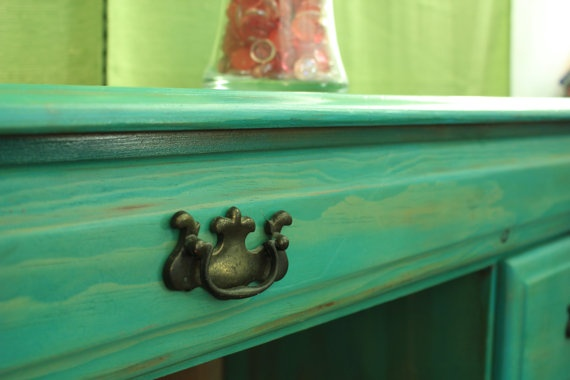 love this turquoise washed finish