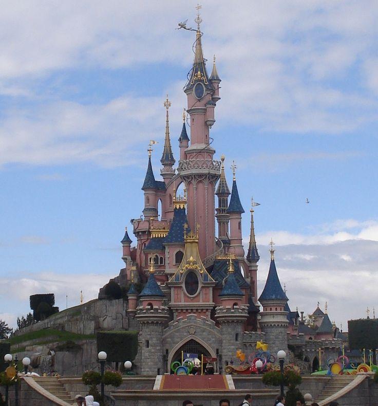 Natale a Disneyland Paris 2014! Cosa aspetti? Contatta subito il tuo travel promoter di fiducia!  http://www.ftravelpromoter.com/contatti/