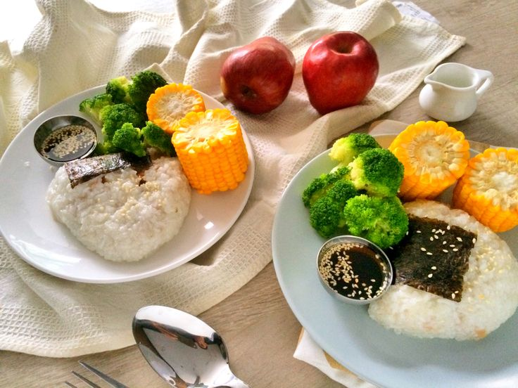 Change up your kid's everyday lunch with healthy lunch box ideas.
