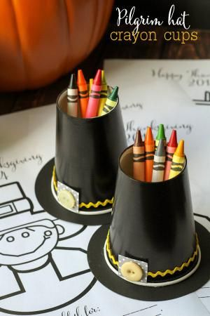 8 Pilgrim Crafts for Thanksgiving: Pilgrim Hat Crayon Cups