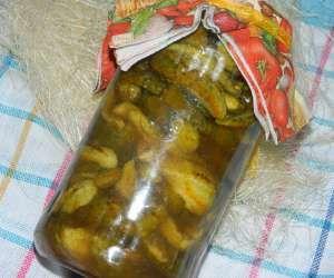 Pikantne ogórki z chili