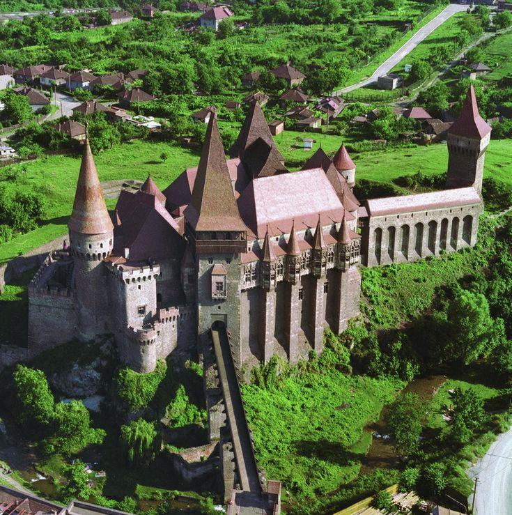 Happy birthday,Romania » castelul huniazilor