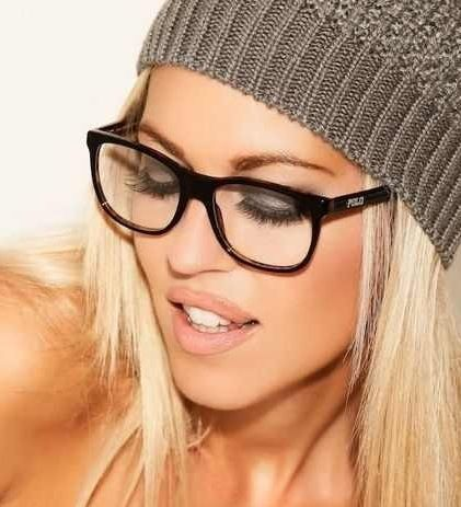 girls with glasses rock!