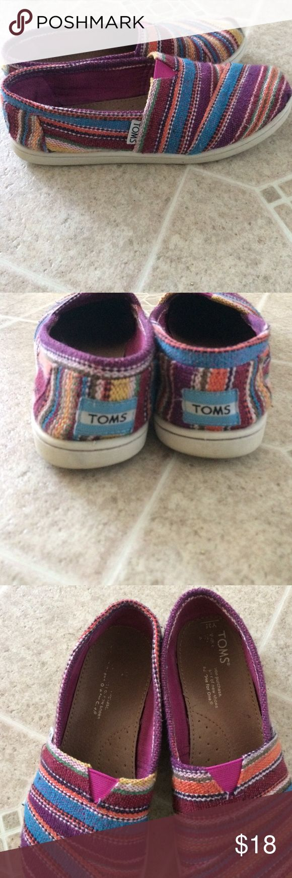 Multi colored GUC kids toms Kids size 3.5 multi colored toms TOMS Shoes Moccasins