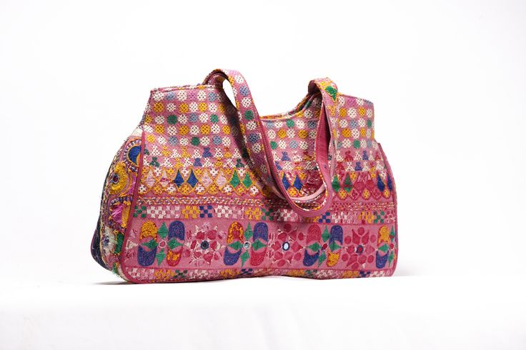 Gujarati bags,textile bags,clutch bag,Jaipur bags,wholesale handbag from #vintagehandicrafts