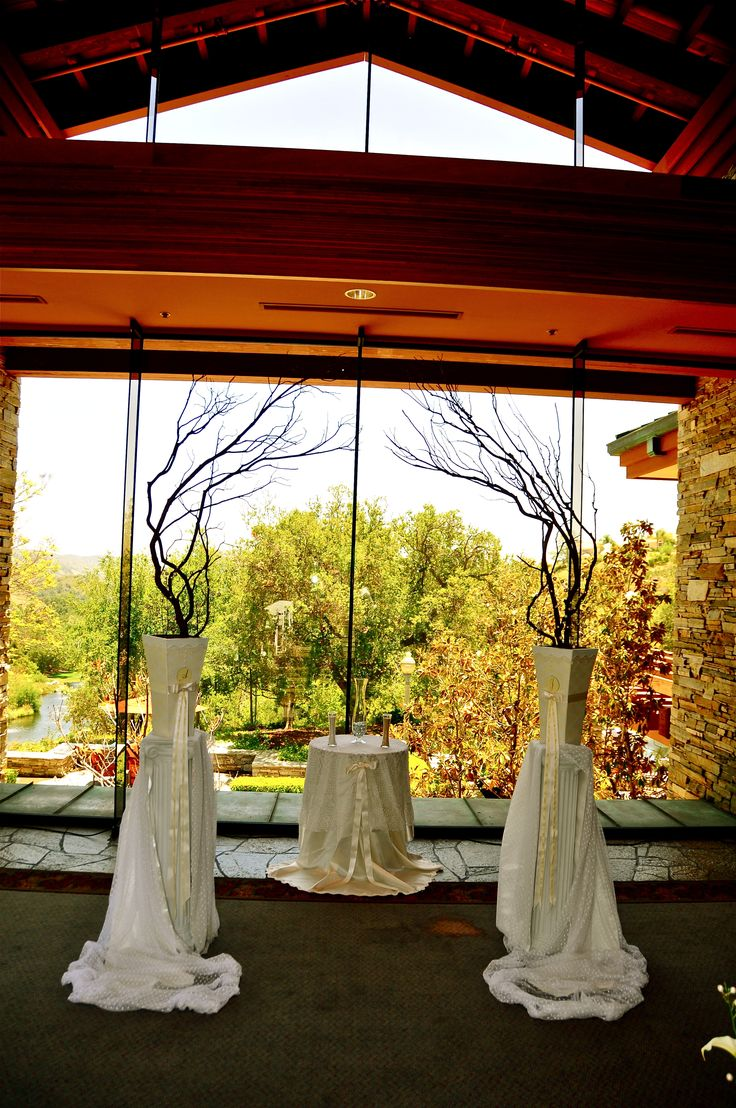 1000 ideas about fall wedding arches on pinterest arch for Diy indoor wedding arch