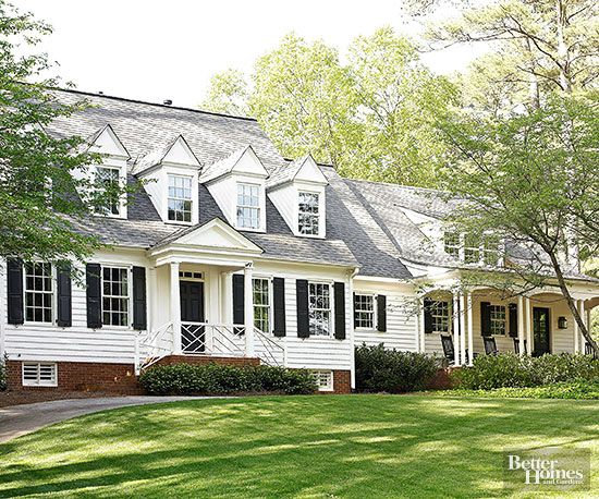 Whether remodeling, adding on, or just giving your home some extra curb appeal, knowing the style of your house can help you develop a successful plan. Here are 10 house styles to get you started.