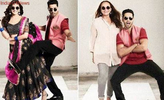 Varun Dhawan chooses Soni Razdan over Alia Bhatt: Your mom's too cool. See pics