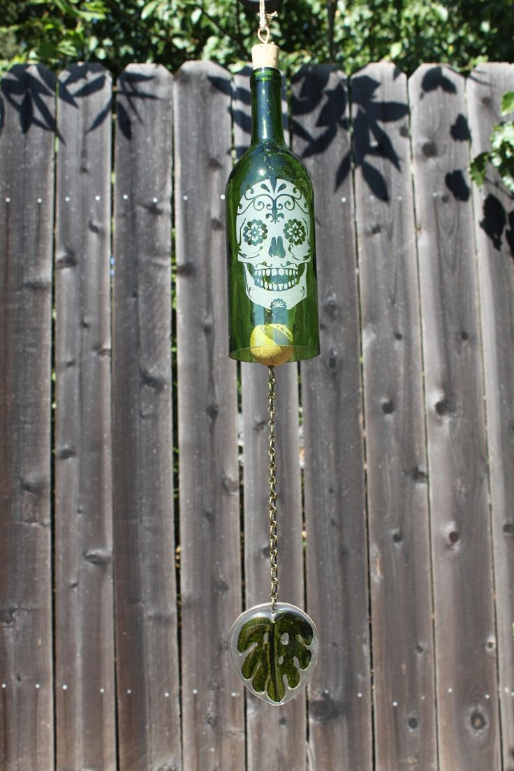 Día de los Muertos Windchime. $25.00, via Etsy. Wine bottle Wind chime with etched glass
