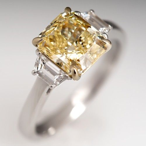A gorgeous fancy yellow diamond engagement from @EraGem