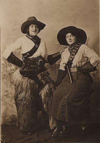 up like toast: Vintage Cowgirls