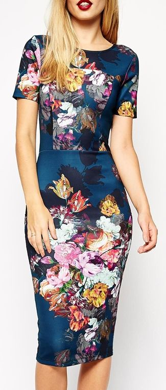 not normally a floral girl but I like the tone of this dress