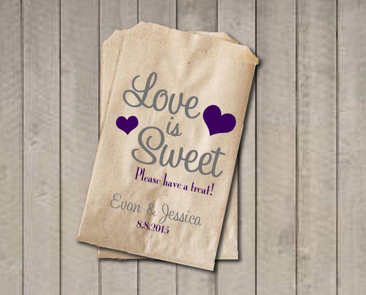 Personaliza unas bolsitas y pon bonitos cestos o botes llenos de dulces para que los invitados se lleven un recuerdo http://ideasparatuboda.wix.com/planeatuboda #weding #boda #mariage