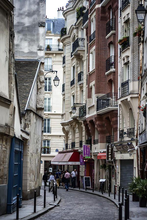 Walking The Streets Of Paris By Georgia Fowler Beautiful