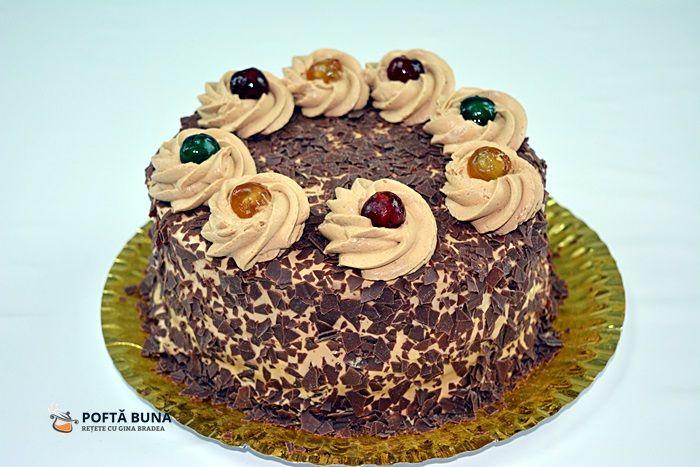 reteta deTort cu blat umed de cacao, crema de mascarpone si cafea, un tort spectaculos de bun si simplu de facut, cu gust intens de cacao si cafea. #cafea #mascarpone #tort #ciocolata
