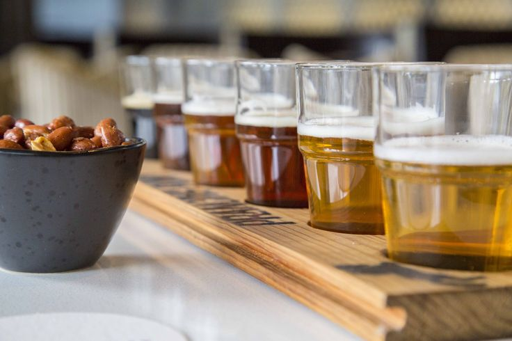 Now serving the Prancing Pony Brewery Beer Tasting Paddle.  Galloping along the paddle:   Sunshine Ale  Hopwork Orange  Amber Ale  Pale Ale  India Red Ale  Black Ale  Giddy up, and prance on into Redsalt Bar for the beer flight.