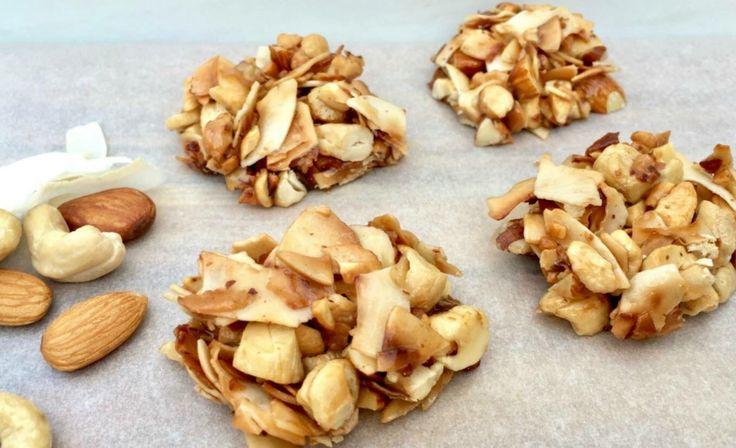 5 ingredient no bake crunchy coconut bites    Recipe here: https://www.healthymummy.com/recipe/5-ingredient-no-bake-crunchy-coconut-bites/?lbwref=83&utm_content=buffer43170&utm_medium=social&utm_source=pinterest.com&utm_campaign=buffer