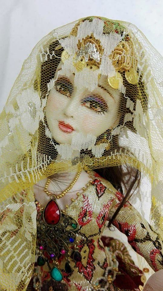 "Art doll ""Sari gelin"" Paperclay, vintage textile, watercolor painting, cca 60 cm"