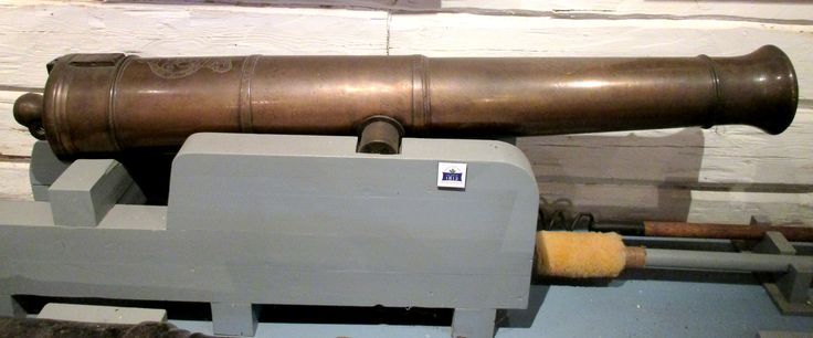 """1798 Bronze 6-Pounder at Fort York, Toronto - From the curators' comments: """"This bronze gun fired a 2.7 kg ball 1200 yards (1100 m). One problem with bronze guns is that their barrels might 'droop' if fired too rapidly."""" - If anyone knows what was meant by """"drooping"""" barrels, please let me know. Thanks!"""