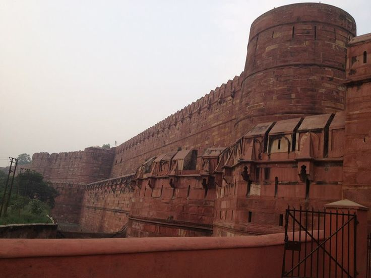 http://taojourneys.com/journey-to-india   The Agra Fort.