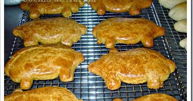 Mexico in my Kitchen: How to Make Mexican Little Piggy Cookies / Marranitos Authentic Mexican Food Recipes Traditional Blog