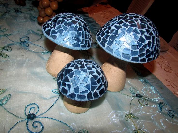 #mushrooms #hongos #azul #centro de mesa #3 #tres #mantel #blue