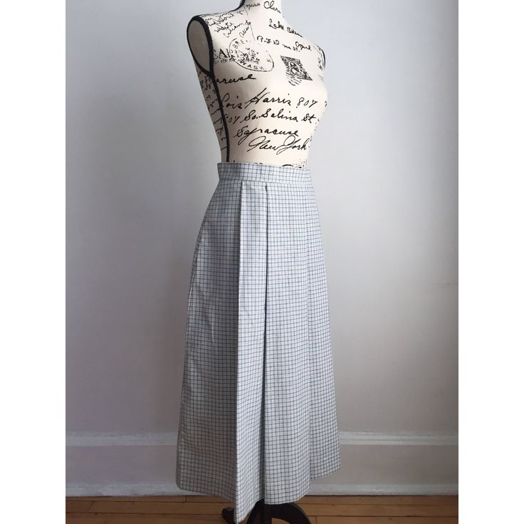 Vintage Blue and White Skirt, 80s Midi Skirt, Vintage Midi Skirt, Pleated Skirt by VicFoundThis on Etsy https://www.etsy.com/listing/540465489/vintage-blue-and-white-skirt-80s-midi