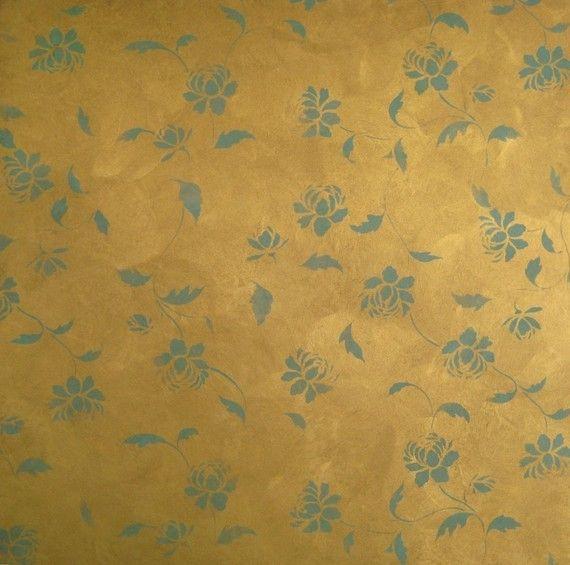 sul soffitto usando un color rame-oro uguale al lampadario su sfondo indaco o viola