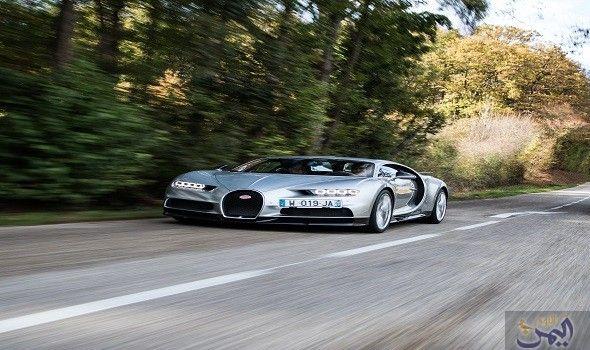 بوغاتي ينتج أسرع سيارة في العالم لإعادة كتابة تاريخه Sports Car Car Vehicles