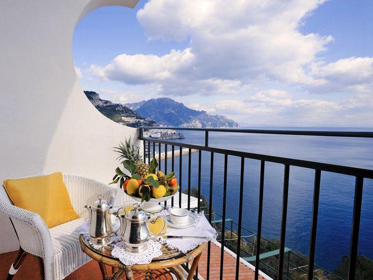 Da Amalfi a Positano gli hotel a strapiombo sul mare