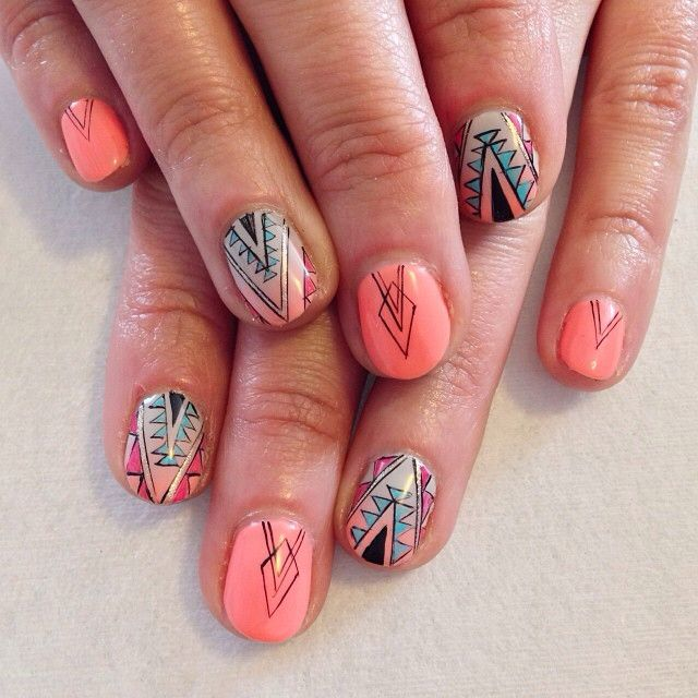 Bright nails - peach tribal lines by Astrowifey