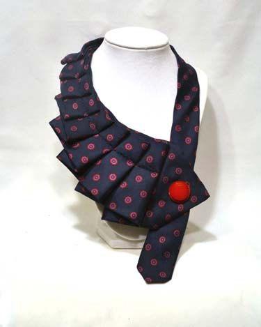 die besten 25 alte krawatten ideen auf pinterest mensriegel handwerk alte krawatten und. Black Bedroom Furniture Sets. Home Design Ideas