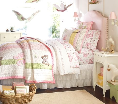Raleigh upholstered daybed google search violets room for Rooms to go kids raleigh
